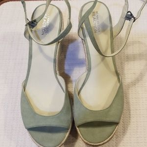 Kenneth Cole suede look shoes size 9  1/2